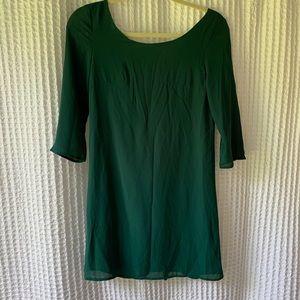 Green Open-Back 3/4 Length Sleeve Dress